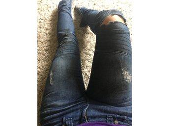 Vintage1 kändis jeans 27 trash dirty rock biker tuffa - Trollhättan - Vintage1 kändis jeans 27 trash dirty rock biker tuffa - Trollhättan