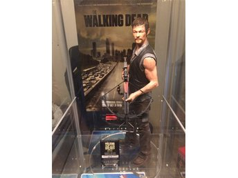 Gentle Giant Daryl Dixon 1/4 Statue The Walking Dead