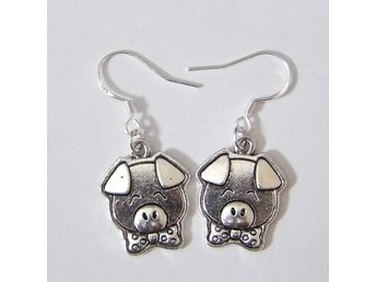 Gris örhängen / Pig earrings