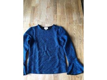 Lång tröja stl 134140 (349993179) ᐈ Köp på Tradera