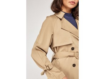 Topshop (Petite) Trenchcoat. Camel / Nude. Sommarjacka. XS. 900 kr.Ny med tags!