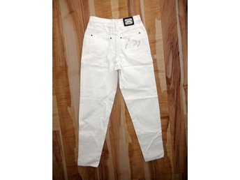 Vita jeans byxa stl 40 med broderi - Hisings Backa - Vita jeans byxa stl 40 med broderi - Hisings Backa