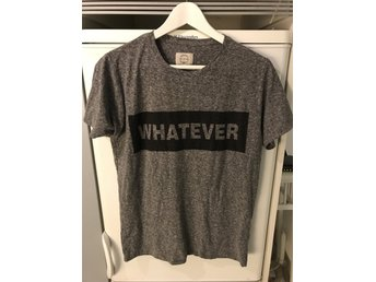 """Whatever"" T- Shirt - Storlek S"