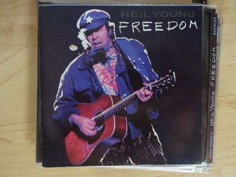 Neil Young - Freedom, CD i mycket fint skick