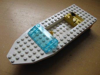Lego - Delar Tillbehör Båt Skrov - räddningsbåt 327 röd vit 18cm - Uddevalla - Lego - Delar Tillbehör Båt Skrov - räddningsbåt 327 röd vit 18cm - Uddevalla