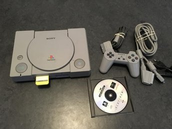 PLAYSTATION 1 med Crash bandicoot