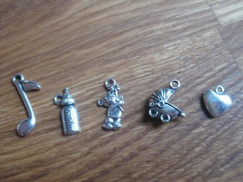 Hobby - Scrapbooking - Metall Dekorationer Charms -  5 st - Nr 3