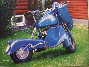 scooter AMI - blå humlan - - Skärholmen - scooter AMI - blå humlan - - Skärholmen