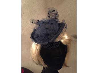 Vintage Hat/Fascinator for Wedding or Parties/ Hårdekoration