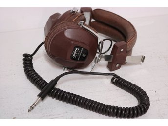 WEIST STEREO HEADPHONE Model S-555