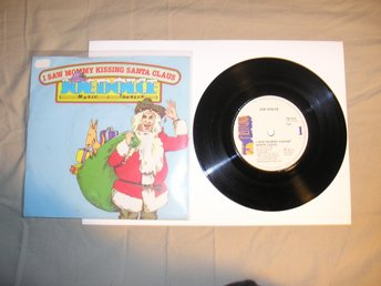 Joe Dolce Music Theatre – I Saw Mommy Kissing Santa Claus, 7""