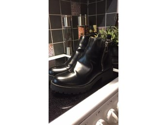 Snygga svarta boots i strl 41 - Axvall - Snygga svarta boots i strl 41 - Axvall