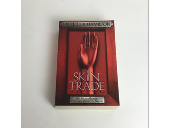 Bok, Skin Trade, Laurell K. Hamilton, Pocket, ISBN: 9780755352555, 2009