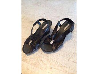 Svarta sandaler stl 36 - Halmstad - Svarta sandaler stl 36 - Halmstad