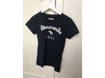 Abercrombie & Fitch T-shirt storlek XS