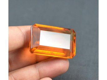 Äkta Yellow Citrine 56,65 ct emerald cut with Certified