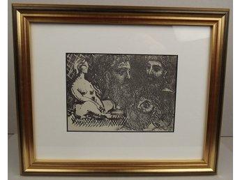 Picasso, SUITE VOLLARD 216 – Inramad, bara 540 ex - Huddinge - Konstnär: Pablo Picasso (1881-1973) Titel: SUITE VOLLARD 216 Reproduktion efter originalet. Upplaga: Begränsad, 540 ex., Editör: G. Gili, Barcelona, 1956. Bladet är monterat i en passepartout av hög kvalitet med 45 graderskärning. Rammåt - Huddinge