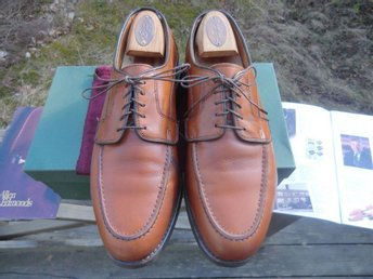 Allen Edmonds storlek US 9.5 D moc-toe blucher