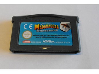 GAME BOY ADVANCE - MADAGASCAR OPERATION PENGUIN