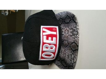 Obey keps one size