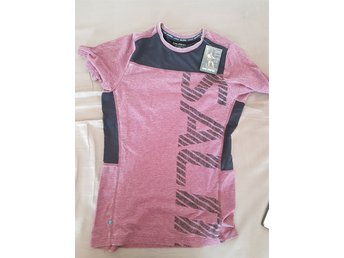 Salming Sports T-shirt. Storlek S