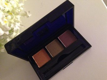 ESTEE LAUDER  Blossom Compact Disc EyeShadow Wet/Dry Formula