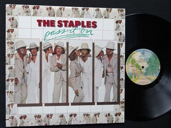 STAPLES (M-)  – Pass It On / Vinyl LP US '76 / Curtis Mayfield, Mavis Staples