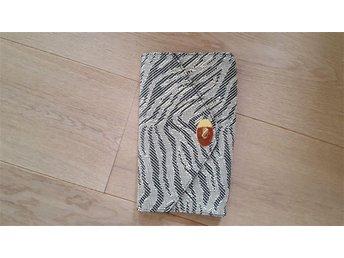 Snygg kuvertväska från Hm. Mönstrad Trend Gina väska - Visby - Snygg kuvertväska från Hm. Mönstrad Trend Gina väska - Visby