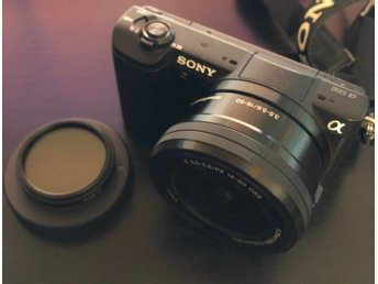 Sony Alpha A5100 24.3MP Digital SLR med E PZ OSS 16-50mm Lens