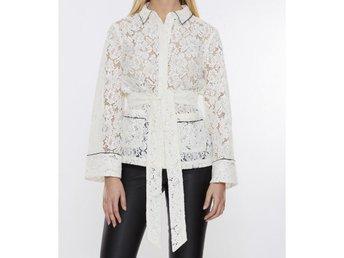Ganni skjorta Jerome Lace (340426639) ᐈ Köp på Tradera 09665f9a519fa