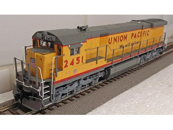 Maffigt Broadw Limited Union Pacific GE C30-7 lok m ljud.