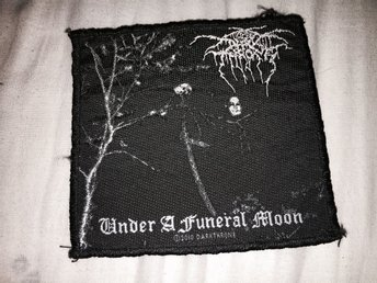 DARKTHRONE TYGMÄRKE BLACK METAL