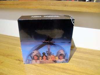 "ABBA - ARRIVAL Box for 7"" Record Singles!"