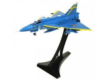 Aviation 72 - Swedish Air Force SAAB Viggen in 1/72 scale. Nice - LAST ONE!