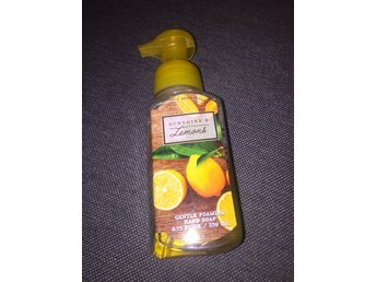 BATH & BODY WORKS Hand Soap - SUNSHINE & LEMONS