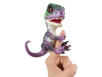 Fingerlings Untamed Raptor Razor