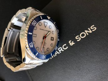 MARC & SONS. MSD-045-12. DYKARUR 300M, Keramisk bezel, Safir, Superluminova mm