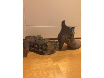 "Irregular Choice Stövletter ""cat"" stl 39 rock goth alternative"