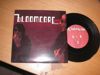 BLOOMCORE (Tranås/Göteborg) Beat of the show EP 2001 Garage/punk