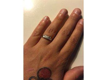 ring med stenar i 925 silver - Mölndal - ring med stenar i 925 silver - Mölndal