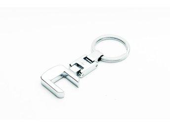 Nyckelring Mercedes R Klass (327633495) ᐈ Prylxperten på Tradera bde427423c025