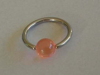 Captive Bead ring - Rosa - Modell 2602