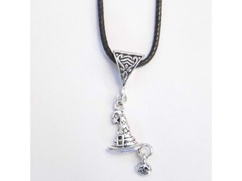 Guiden hatt halsband / Wizard's hat necklace