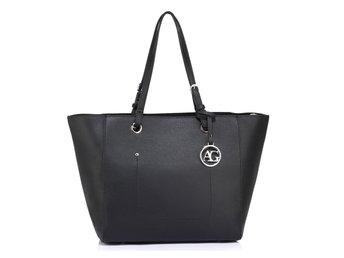 Kombinerad väska   ryggsäck svart (341334487) ᐈ Köp på Tradera 3fcb396e149e6