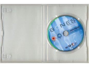 Bones – Säsong 3: Avsnitt 13-15 – 2008 – Emily Deschanel, David Boreanaz - Malmö - Bones – Säsong 3: Avsnitt 13-15 – 2008 – Emily Deschanel, David Boreanaz - Malmö