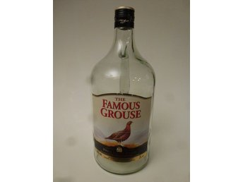 Famous grouse whiskykagge i glas