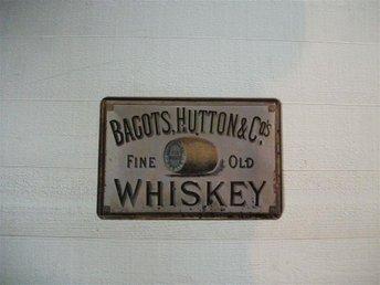plåtskylt, Bagots, Huttons & cos , whiskey, whisky, väggdekoration - Jönköping - plåtskylt, Bagots, Huttons & cos , whiskey, whisky, väggdekoration - Jönköping