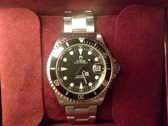 Tudor Submariner 79190 Datum Case by Rolex