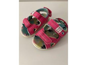 923e2ee9656d Sandaler Din sko stk 22 (341150000) ᐈ Köp på Tradera