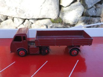 "Dinky Toys No.421 Electric Articulated Lorry ""British Railways"" 1955-1959"
